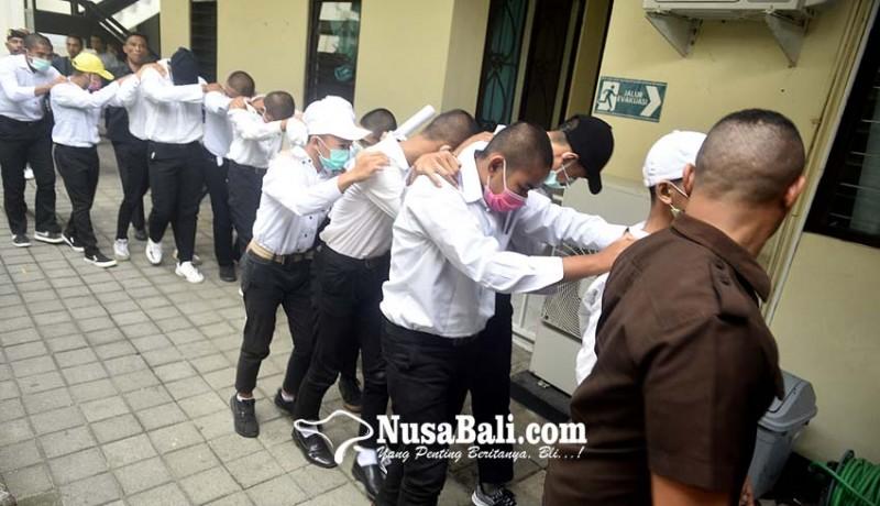 www.nusabali.com-14-anggota-geng-donky-disidang-tertutup