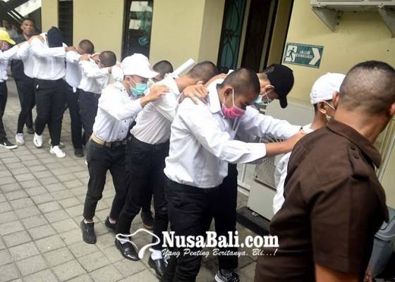 Nusabali.com - 14-anggota-geng-donky-disidang-tertutup