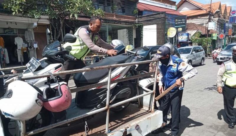 www.nusabali.com-parkir-liar-di-ubud-terus-ditertibkan
