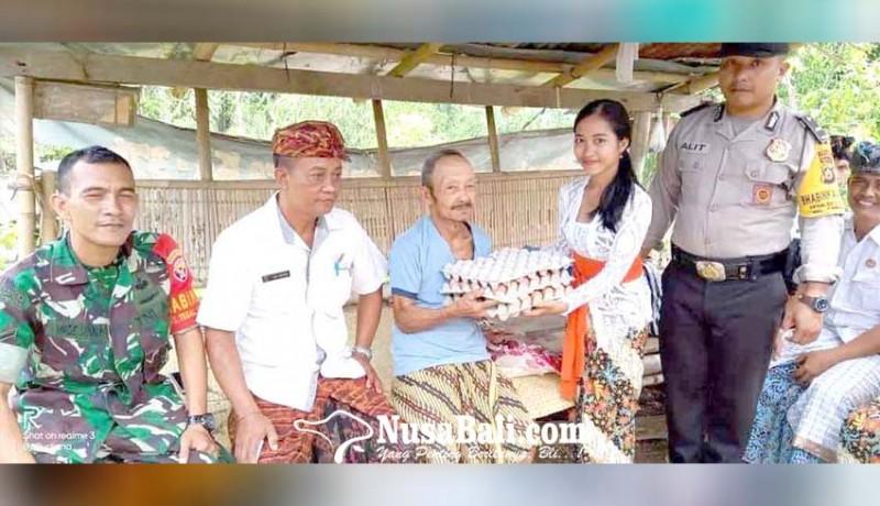 www.nusabali.com-perbekel-tegallinggah-bantu-lansia