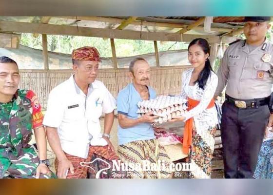 Nusabali.com - perbekel-tegallinggah-bantu-lansia