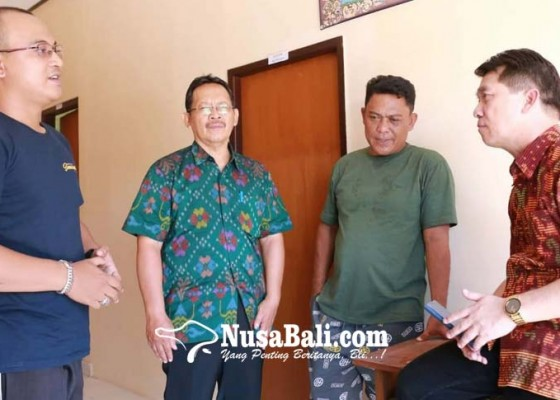 Nusabali.com - bupati-suwirta-optimistis-pemasaran-garam-kusamba