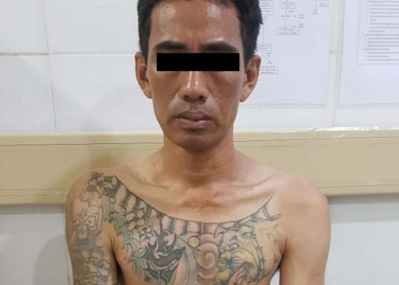 Nusabali.com - dipatuk-ular-saat-bobol-gudang-maling-diringkus-di-rs