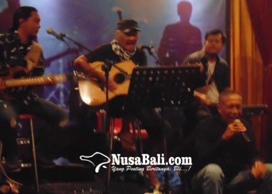 Nusabali.com - rayakan-valentine-krisna-gallery-resto-hadirkan-musisi-bali