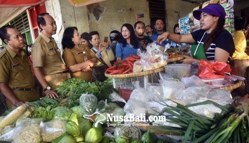 www.nusabali.com-disperindag-cek-harga-jelang-galungan