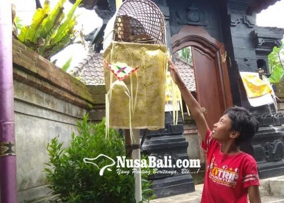 Nusabali.com - beh-banten-penjor-diembat-maling