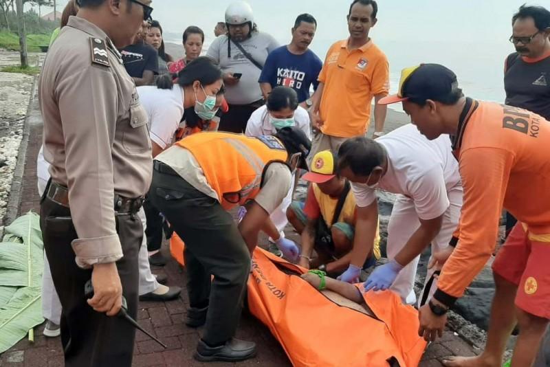 www.nusabali.com-pengunjung-pantai-ditemukan-tewas-mengapung