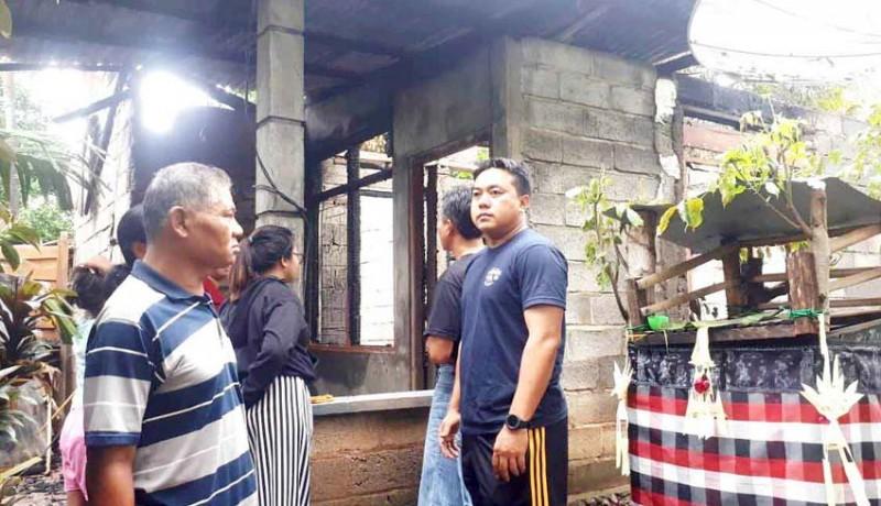 www.nusabali.com-galungan-rumah-warga-kelurahan-paket-agung-terbakar