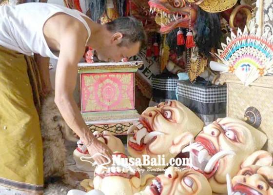 Nusabali.com - penggunaan-tapel-ogoh-ogoh-styrofoam-berkurang