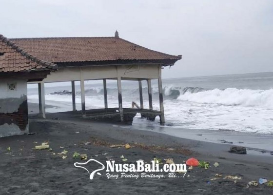 Nusabali.com - ombak-tenggelamkan-bangunan-ppi-kusamba