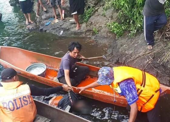 Nusabali.com - ibu-muda-diduga-ceburkan-diri-ke-danau-batur