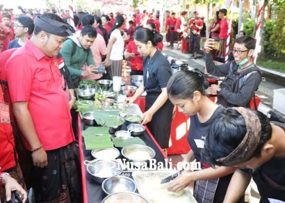 Nusabali.com - siswa-smk-di-gianyar-lomba-masak-kuliner-bali