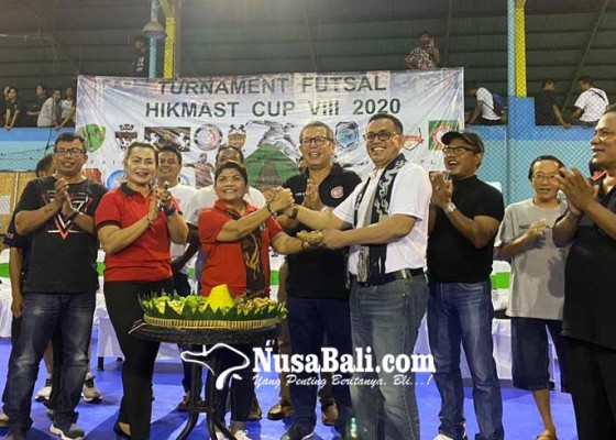 Nusabali.com - paguyuban-sumba-timur-gulirkan-turnamen-futsal