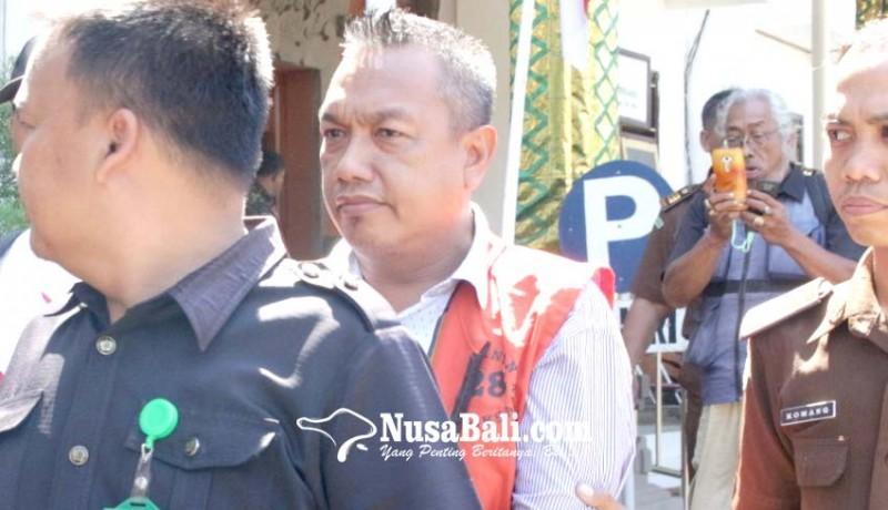 www.nusabali.com-sk-pemberhentian-perbekel-ashari-nyantol