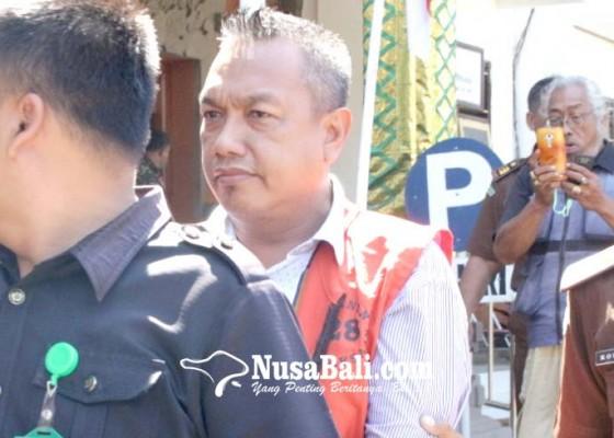 Nusabali.com - sk-pemberhentian-perbekel-ashari-nyantol