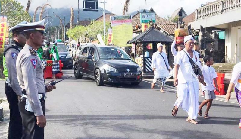 www.nusabali.com-arus-lalin-padat-merayap
