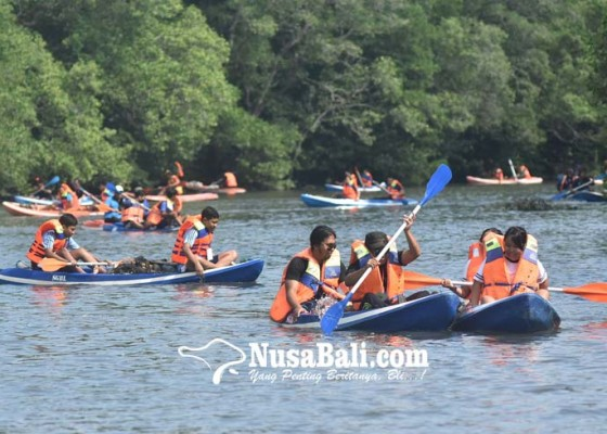 Nusabali.com - susur-mangrove-kumpulkan-17-ton-sampah