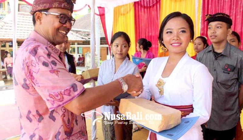 www.nusabali.com-sman-1-amlapura-gelar-wimbakara-wirama-hingga-magending