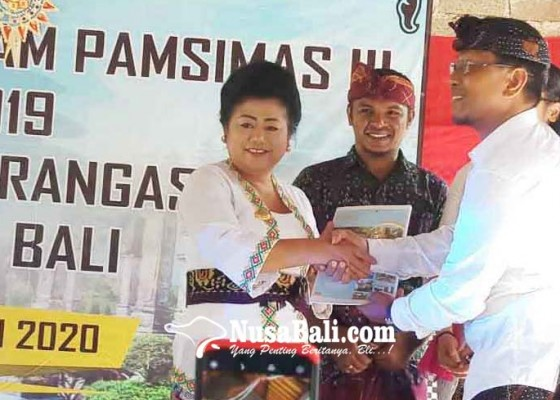 Nusabali.com - bupati-serahkan-pamsimas-untuk-15-desa