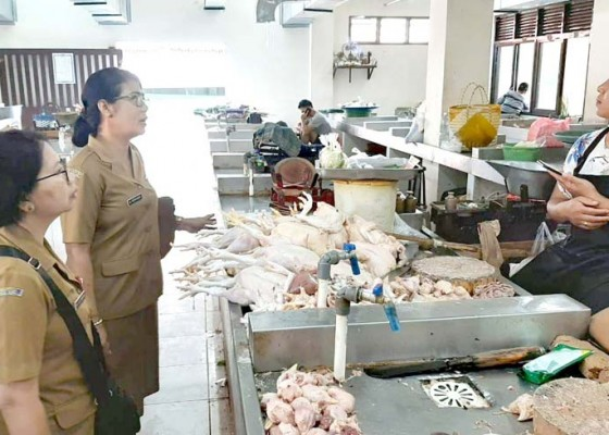 Nusabali.com - harga-daging-babi-di-badung-relatif-stabil