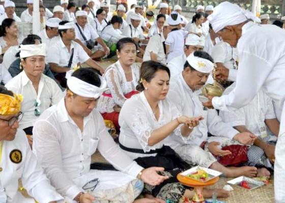 Nusabali.com - pemkab-tabanan-ngaturang-bhakti-panganyar-di-pura-pasek-punduk-dawa
