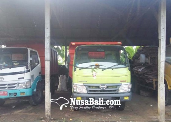 Nusabali.com - ban-dan-aki-truk-dlh-digondol-maling