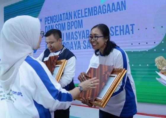 Nusabali.com - asn-bbpom-di-denpasar-ukir-prestasi-tingkat-nasional