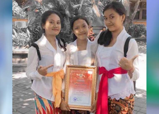 Nusabali.com - sman-1-amlapura-juara-vlog-bahasa-bali