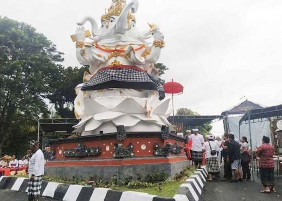 Nusabali.com - ada-jalan-niskala-dibuat-patung-ganesha-catur-muka