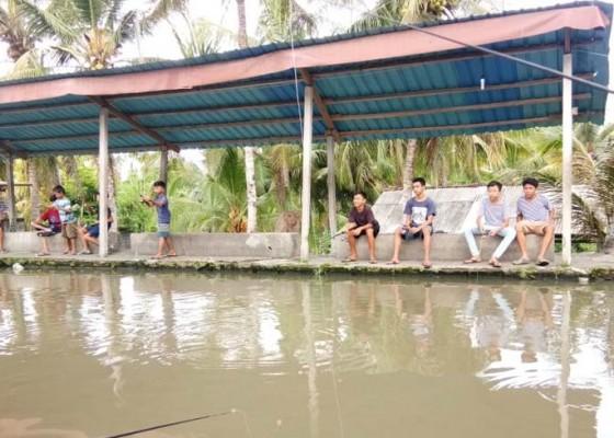 Nusabali.com - kolam-pancing-jadi-wisata-alternatif-umanis-kuningan