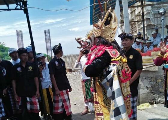Nusabali.com - pujawali-pura-ratu-pasek-dipuput-21-sulinggih