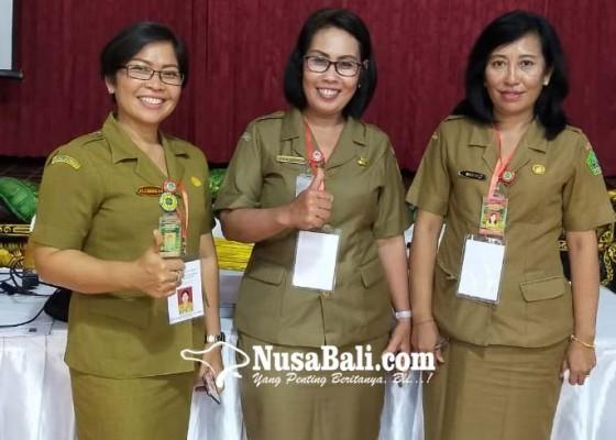 Nusabali.com - tiga-srikandi-lolos-3-besar-calon-kadis-ppkb-tabanan