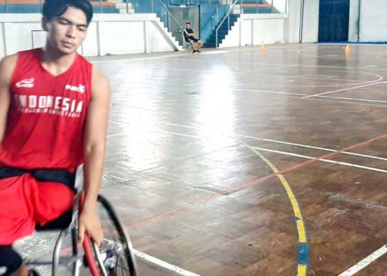 Nusabali.com - komang-suparta-dkk-perbanyak-games