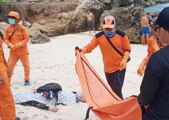 Nusabali.com - bule-jepang-tewas-saat-berenang-di-pantai-atuh