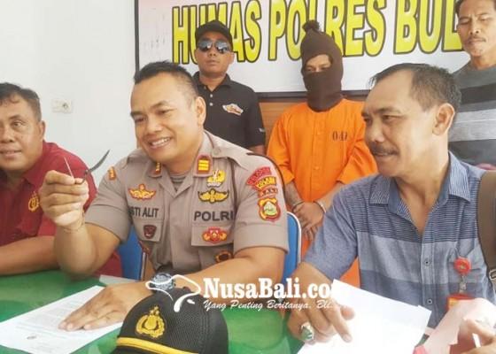 Nusabali.com - penusukan-giri-emas-dipicu-bela-paman