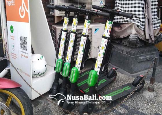 Nusabali.com - sewa-skuter-listrik-di-kuta-hanya-10-ribu-setengah-jam