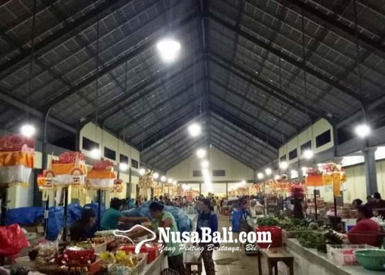 Nusabali.com - kurangi-kebocoran-e-retribusi-di-pasar-kediri-segera-launching
