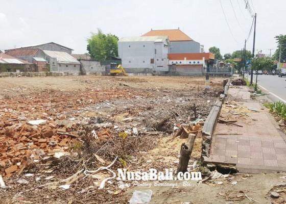 Nusabali.com - rumjab-perwira-dijadikan-gedung-pelayanan-terpadu-polres-buleleng