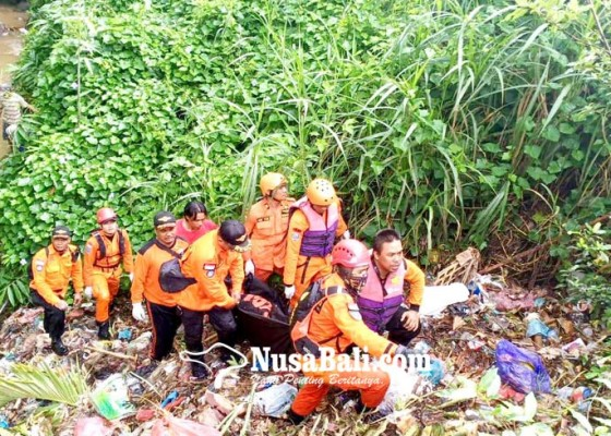 Nusabali.com - kerabat-dirut-perumda-tirta-hita-tewas-mengambang-di-sungai