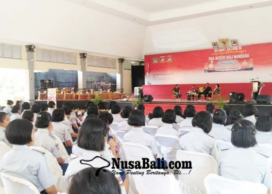 Nusabali.com - pangan-dan-obat-aman-disosialisasikan-di-smanbara