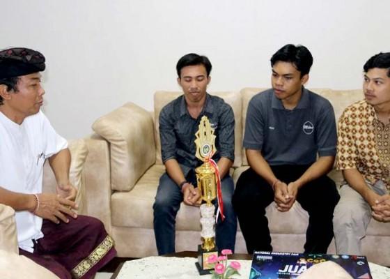 Nusabali.com - link-sms-mahasiswa-undiksha-mampu-kontrol-listrik-dari-jarak-jauh