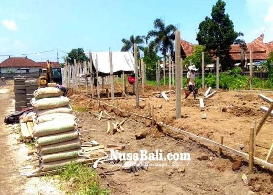 Nusabali.com - mei-2020-pedagang-pasar-gianyar-direlokasi