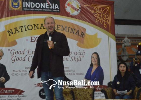 Nusabali.com - ecsi-bersama-internasional-entrepreneur-bagi-tips-skill-komunikasi