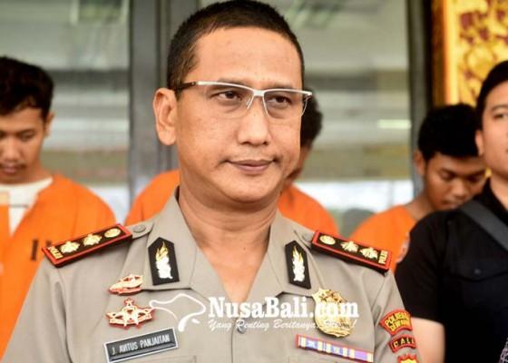 Nusabali.com - diduga-gelapkan-3-mobil-oknum-anggota-dprd-bali-sempat-dijemput-kepolisian