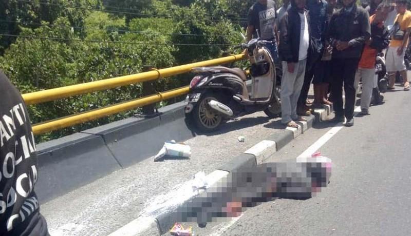 www.nusabali.com-diserempet-truk-ibu-guru-tewas