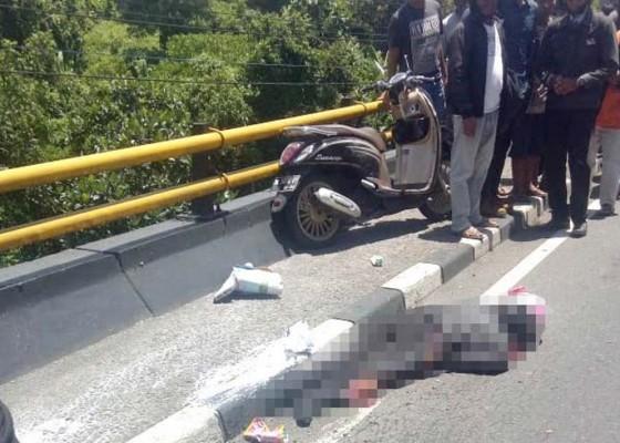 Nusabali.com - diserempet-truk-ibu-guru-tewas