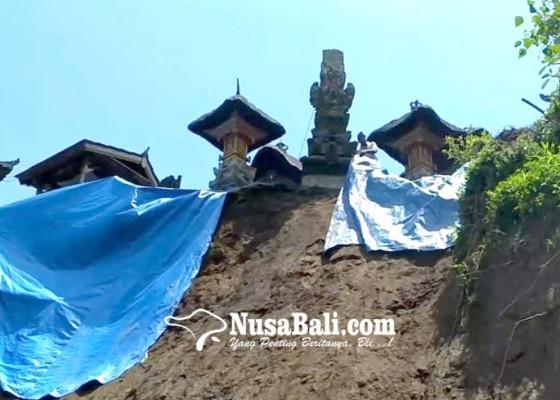 Nusabali.com - tebing-longsor-seret-panyengker-pura