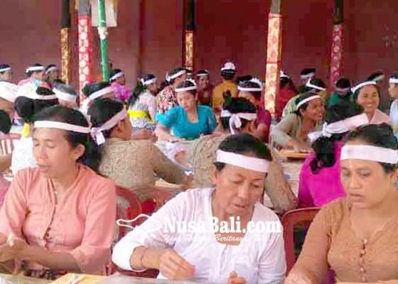 Nusabali.com - bendesa-adat-muncan-bahas-khusus-rencana-melasti