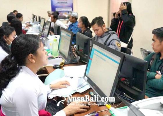 Nusabali.com - disdukcapil-maksimalkan-layanan-online
