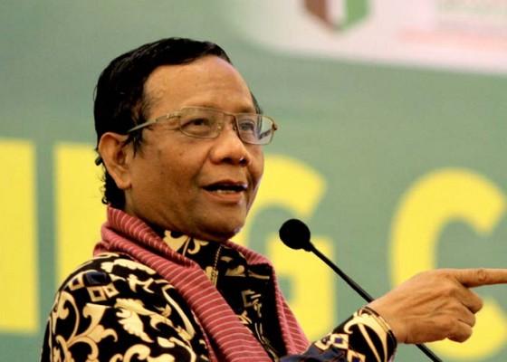Nusabali.com - mahfud-pelantikan-pps-di-kecamatan-antisipasi-corona
